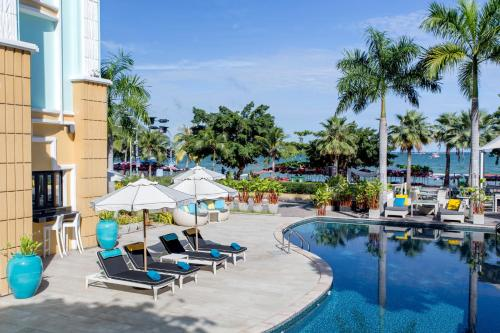 The swimming pool at or near Wave Hotel Pattaya