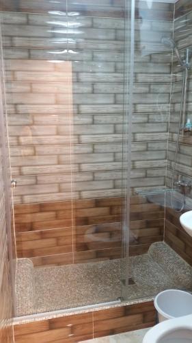 A bathroom at Apartments on Ahmetova 4