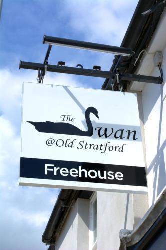 The Swan @Old Stratford