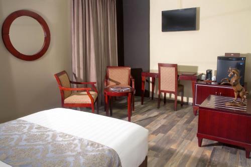 Een zitgedeelte bij Hotel Palacio