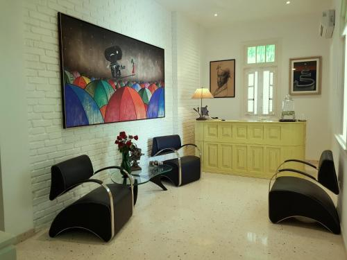 A seating area at Boutique Hotel 5tay8 Vedado