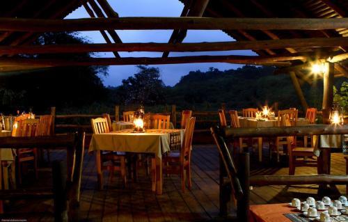 Restaurant ou autre lieu de restauration dans l'établissement Mlilwane Wildlife Sanctuary