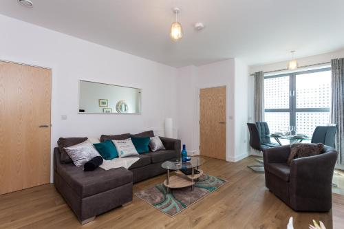 Self-contained town centre contractor apartment Cromwell Rd by Helmswood Serviced Apartments