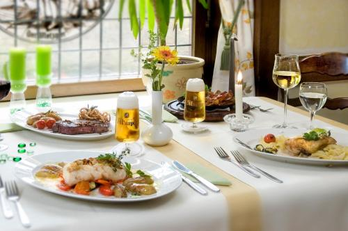 Lunch and/or dinner options for guests at Hotel Louis Müller