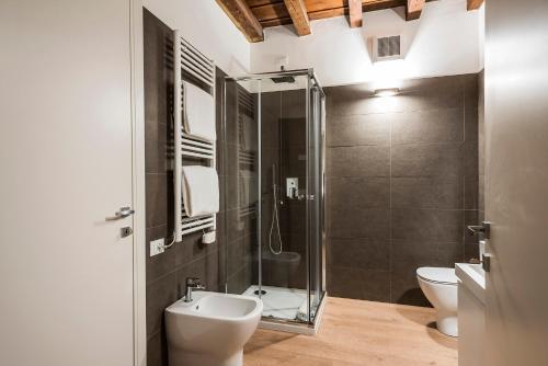 A bathroom at MyPlace Padova Centro Storico