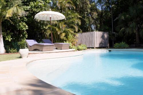 The swimming pool at or near Satara Byron Bay - coastal lifestyle
