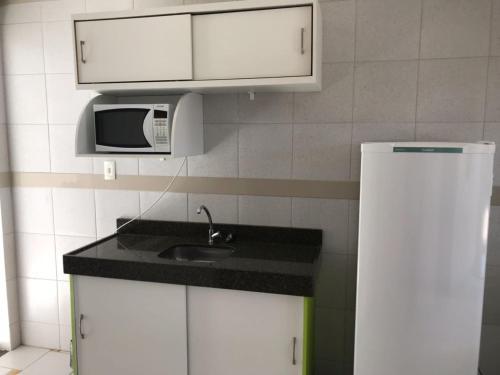 Кухня или мини-кухня в Hannover Flat Hotel