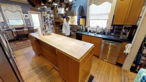 A kitchen or kitchenette at Hanna House Bed & Breakfast