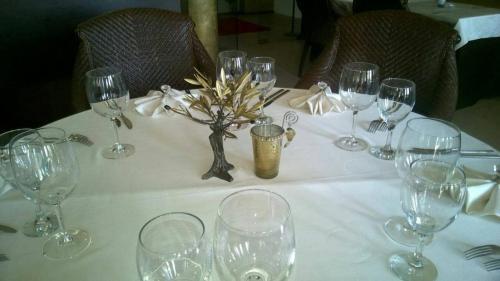 Ресторант или друго място за хранене в Арт Хотел Нирвана