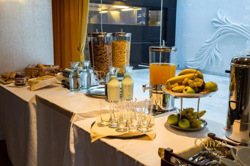 Breakfast options available to guests at Ganzo Boutique Hotel