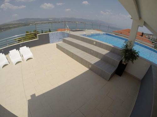 The swimming pool at or near Apartments Exclusive Palace
