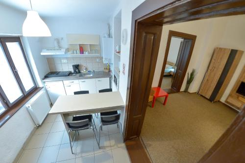 A kitchen or kitchenette at Apartment Gabriel