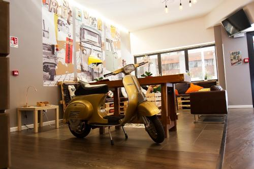 The fitness center and/or fitness facilities at Hostel Trastevere