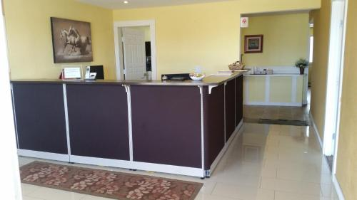The lobby or reception area at Melville Country Inn