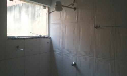 A bathroom at Shalon Hotel