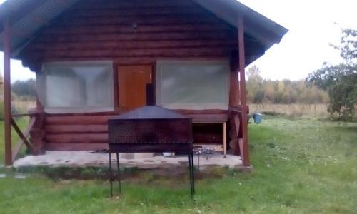 Принадлежности для барбекю в доме для отпуска