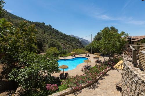 Vista de la piscina de CALERILLA Hotel o alrededores