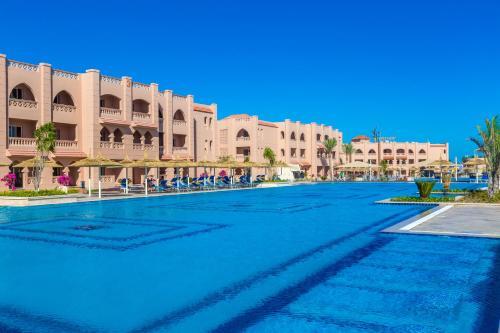 المسبح في Aqua Vista Resort - Families and couples only أو بالجوار