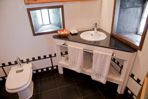 A bathroom at Pazo de Verdes