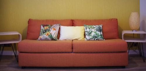 A seating area at La Villa Dolce Suites & Chambres d'hôtes