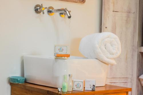 Ett badrum på Hotel Boutique Casa Isabel