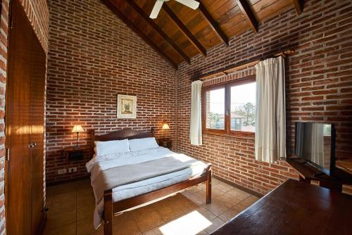 Una cama o camas en una habitación de Marina Green Club