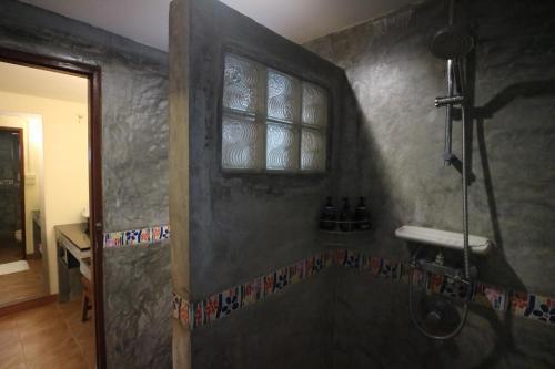 A bathroom at Palita Lodge