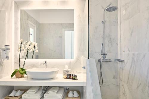 Ένα μπάνιο στο Archipelagos Hotel - Small Luxury Hotels of the World
