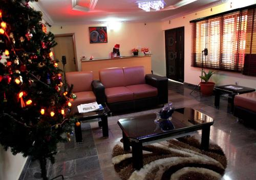 The lobby or reception area at Nspri Guest Houses