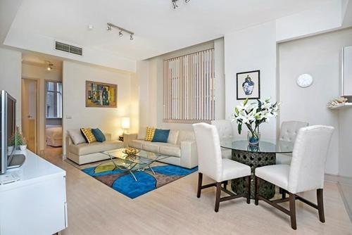 A seating area at Two Bedroom Apartment Bridge Street(CL405)