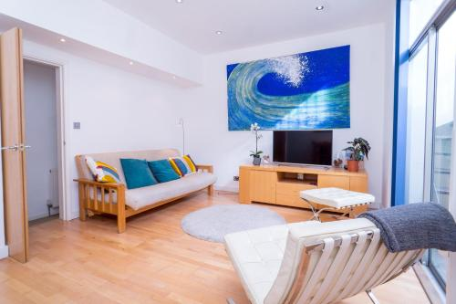 2 Bed 2 Bath Apartment Pimlico