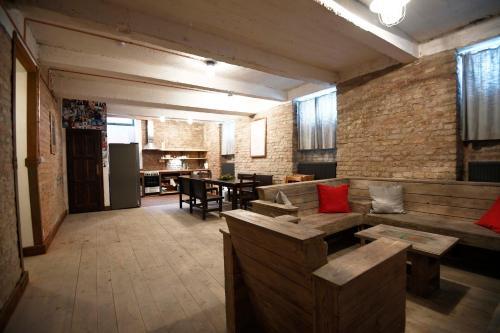 Un restaurant sau alt loc unde se poate mânca la Giotto Apartments