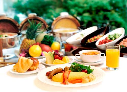 Breakfast options available to guests at The Cypress Mercure Hotel Nagoya