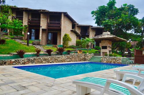A piscina localizada em Pousada Albacora ou nos arredores