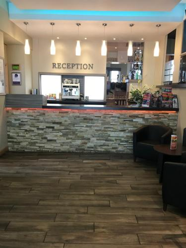 The lobby or reception area at Great Western Hotel Swindon