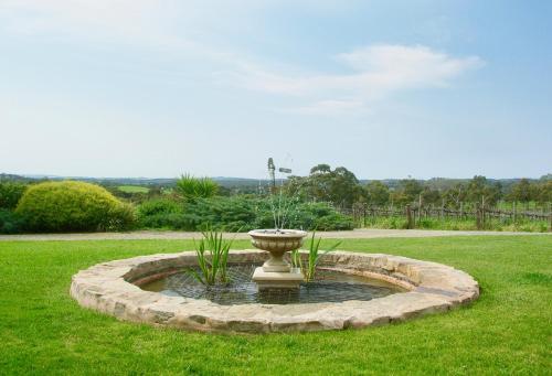 A garden outside Scobie Lane Retreat