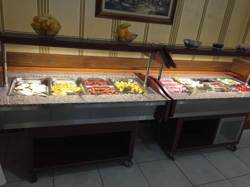 Mâncare la sau în apropiere de acest hotel