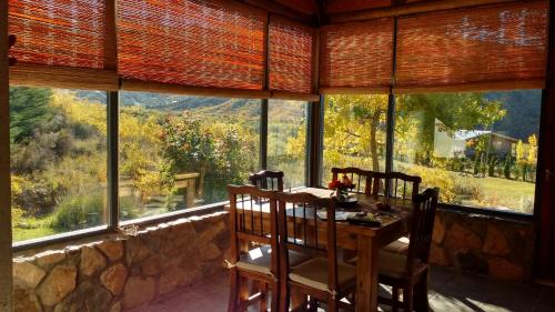 A restaurant or other place to eat at Casas El Mirador