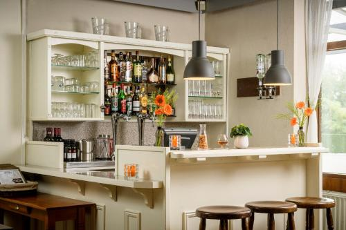 De lounge of bar bij Campanile Hotel & Restaurant Gorinchem