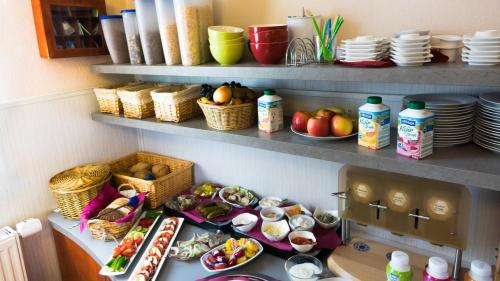 Breakfast options available to guests at Pension Elmenhorst