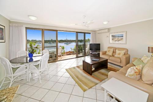 A seating area at Noosa Shores Apartment 10