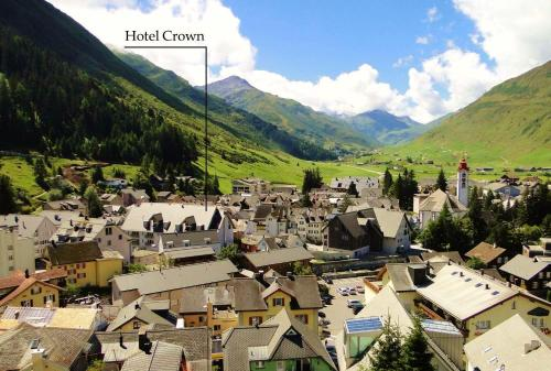A bird's-eye view of Hotel Crown