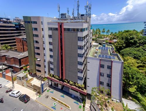 A bird's-eye view of Tambaqui Praia Hotel