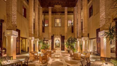 Restaurant ou autre lieu de restauration dans l'établissement Karawan Riad