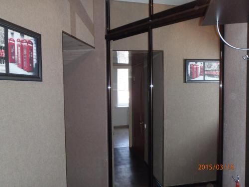 Телевизор и/или развлекательный центр в Apartment on Lenina 9