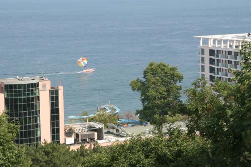 Общ изглед към море или изглед към море от хотела
