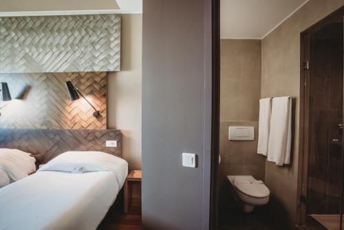 A bathroom at Ibis Casablanca City Center