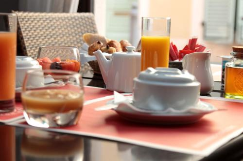 Breakfast options available to guests at Interhotel Cassitel