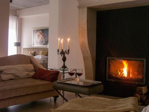 A seating area at Villa Toscana Luxury Loft