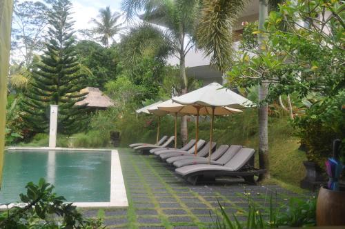 The swimming pool at or near Villa Shantiasa Bali